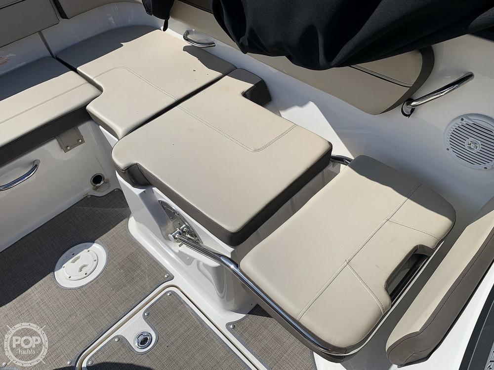 2017 Bayliner boat for sale, model of the boat is Vr5 & Image # 7 of 41