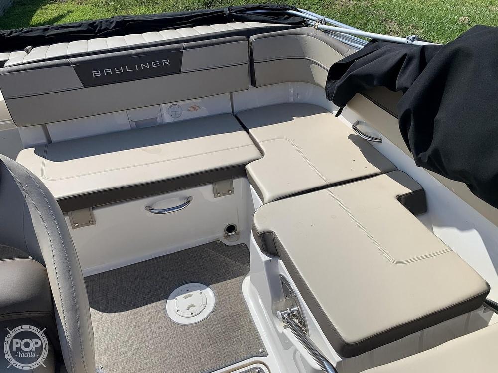 2017 Bayliner boat for sale, model of the boat is Vr5 & Image # 40 of 41