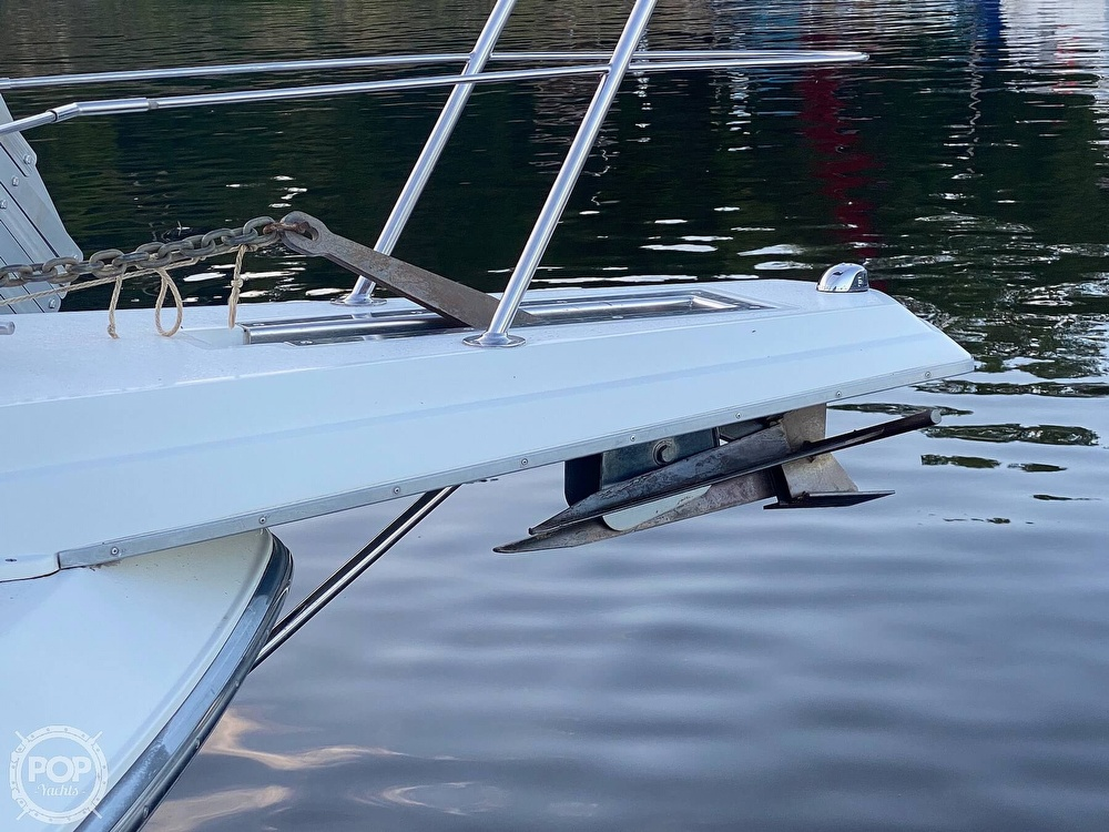 1993 Carver boat for sale, model of the boat is 380 Santego & Image # 30 of 40