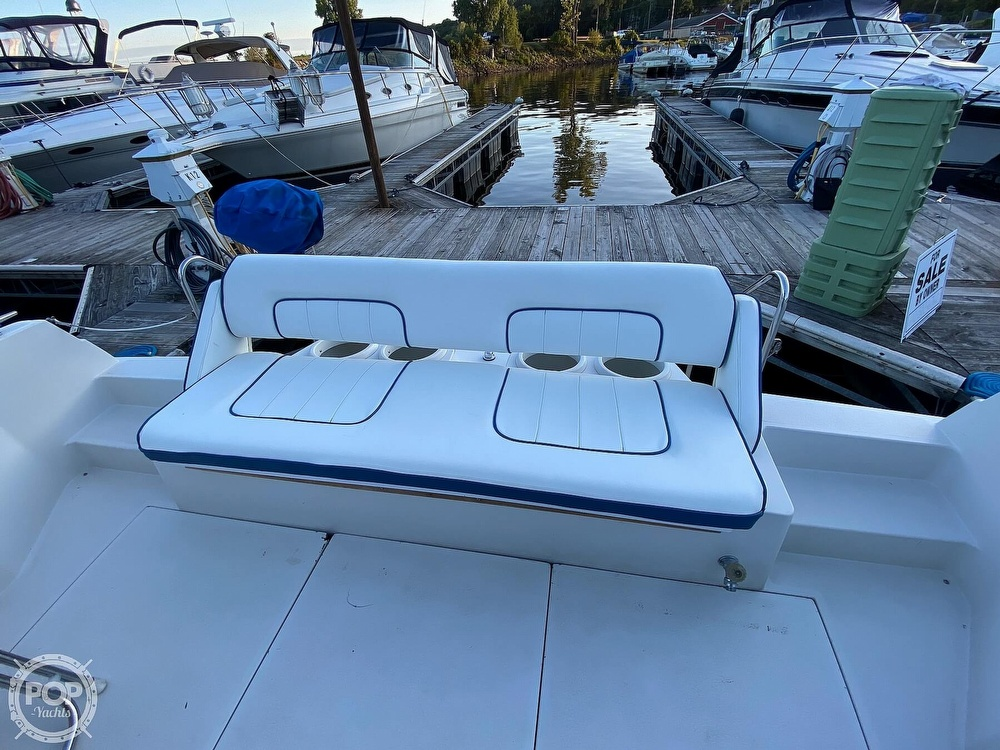 1993 Carver boat for sale, model of the boat is 380 Santego & Image # 31 of 40