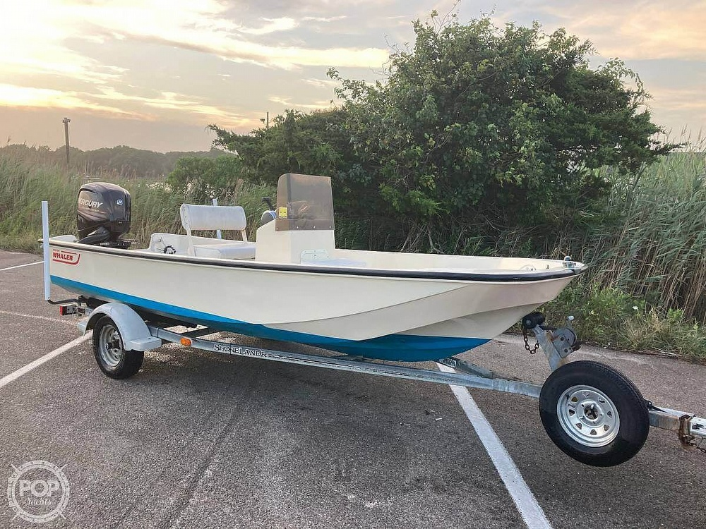 1984 Boston Whaler boat for sale, model of the boat is 17 Montauk & Image # 2 of 11
