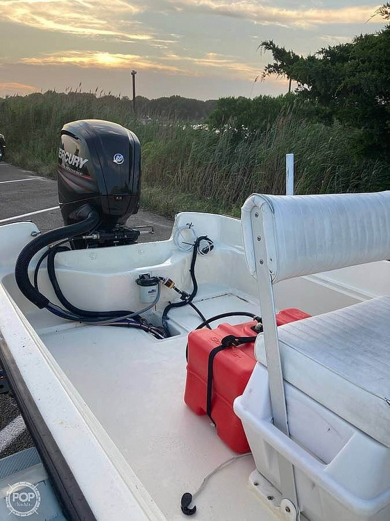 1984 Boston Whaler boat for sale, model of the boat is 17 Montauk & Image # 4 of 11