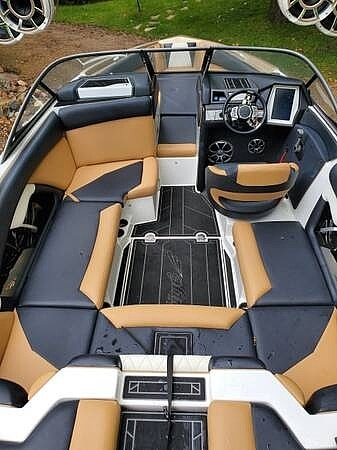 2019 Tige boat for sale, model of the boat is R21 & Image # 8 of 40