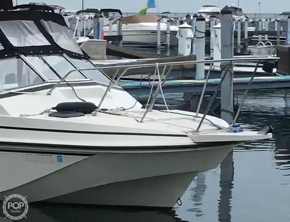 1987 Boston Whaler boat for sale, model of the boat is Revenge 20 W.T. & Image # 4 of 40