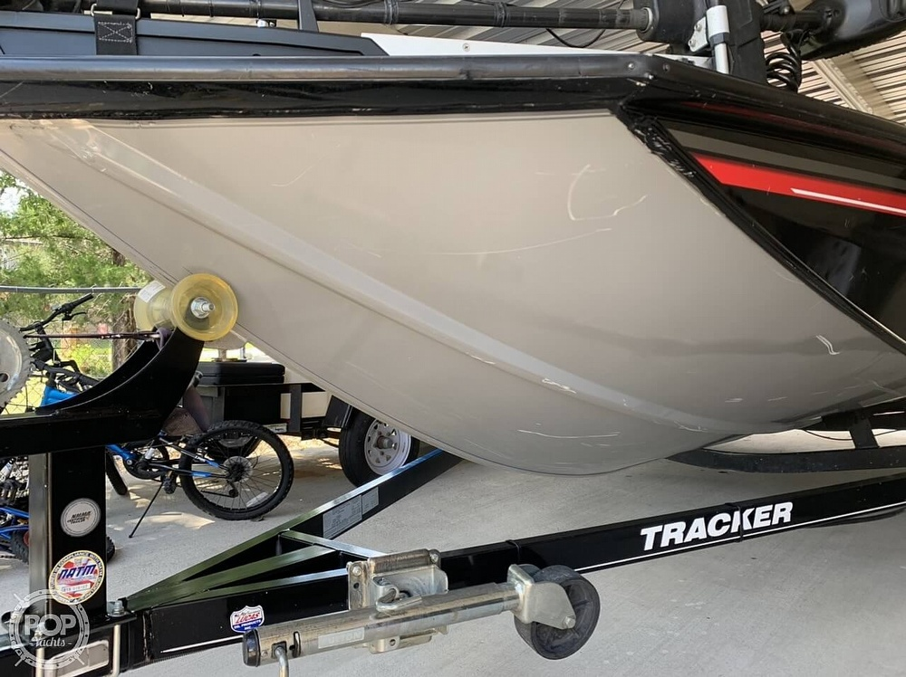 2016 Tracker Boats boat for sale, model of the boat is Pro Team 195 TXW & Image # 3 of 41