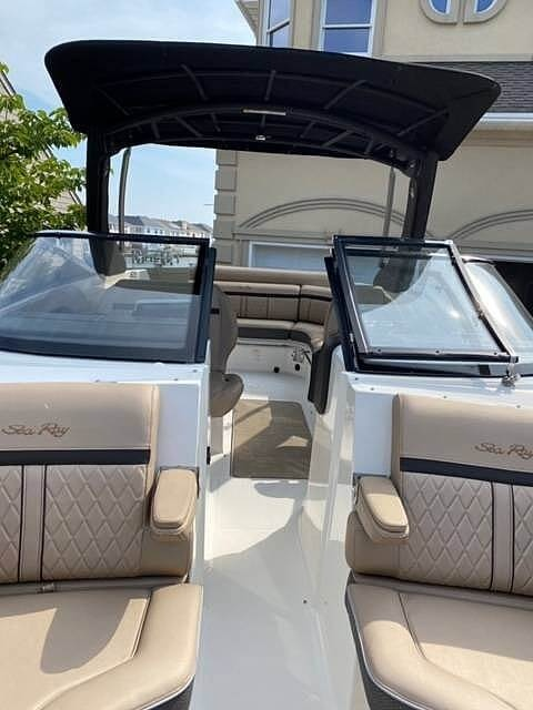 2017 Sea Ray boat for sale, model of the boat is SLX 280 & Image # 10 of 40