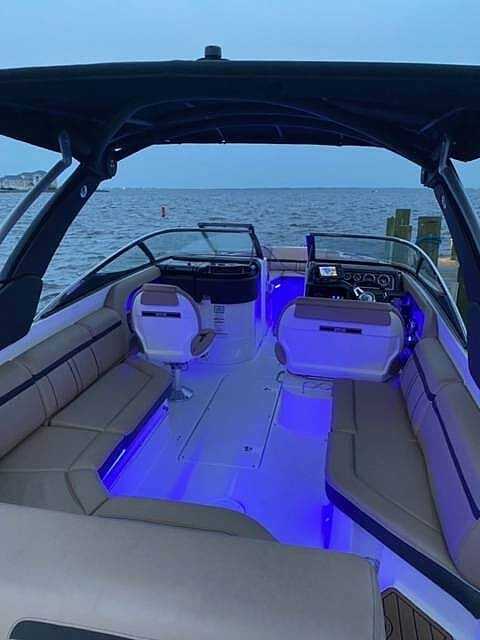 2017 Sea Ray boat for sale, model of the boat is SLX 280 & Image # 18 of 40