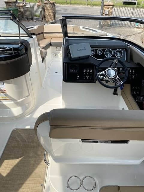 2017 Sea Ray boat for sale, model of the boat is SLX 280 & Image # 19 of 40