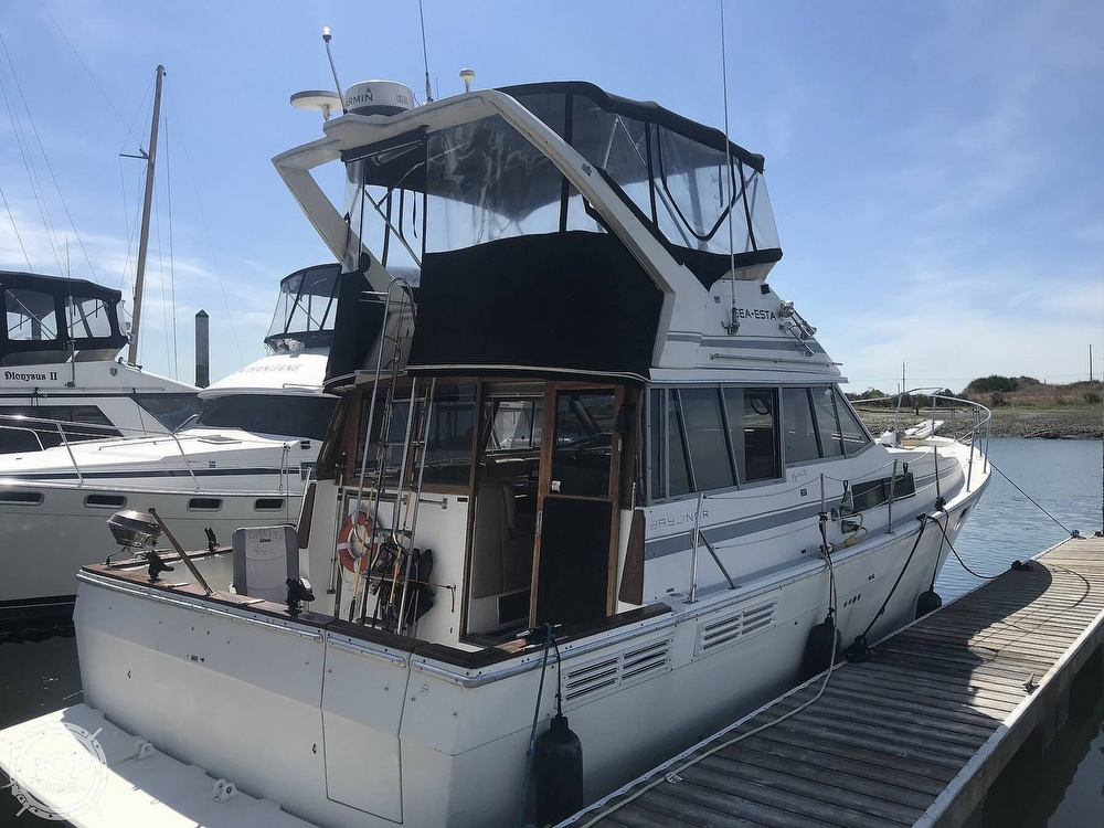 1989 Bayliner boat for sale, model of the boat is 3888 & Image # 2 of 41