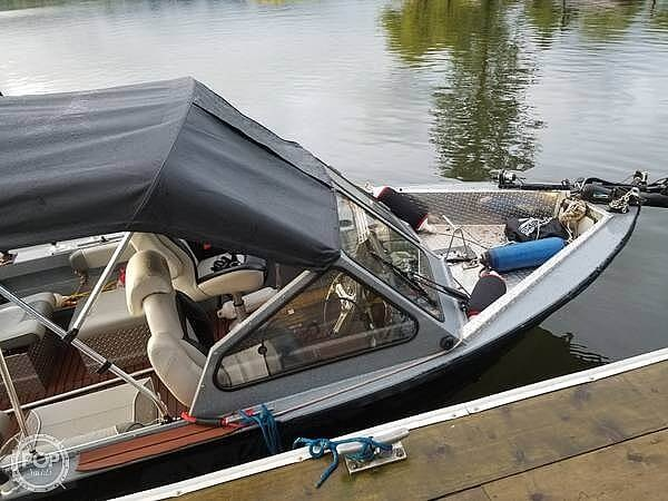 2018 Kingfisher boat for sale, model of the boat is Falcon 1825 & Image # 4 of 40