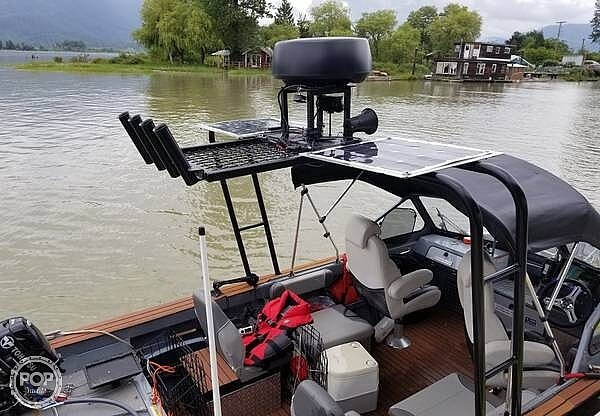 2018 Kingfisher boat for sale, model of the boat is Falcon 1825 & Image # 6 of 40