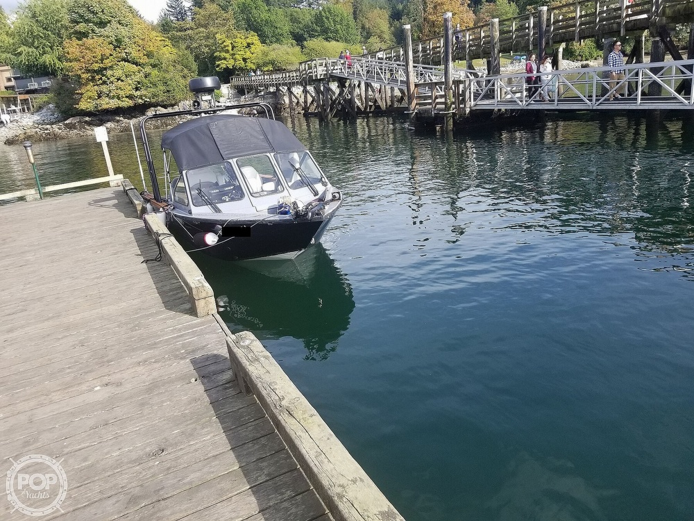 2018 Kingfisher boat for sale, model of the boat is Falcon 1825 & Image # 12 of 40