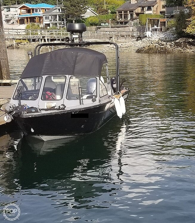 2018 Kingfisher boat for sale, model of the boat is Falcon 1825 & Image # 14 of 40
