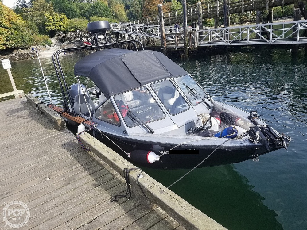 2018 Kingfisher boat for sale, model of the boat is Falcon 1825 & Image # 32 of 40