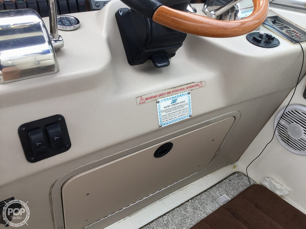 2001 Sea Ray boat for sale, model of the boat is 340 Sundancer & Image # 35 of 40