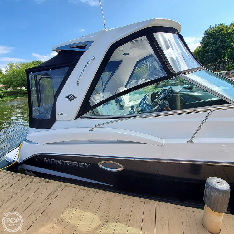 2015 Monterey boat for sale, model of the boat is 335 Sport yacht & Image # 2 of 40