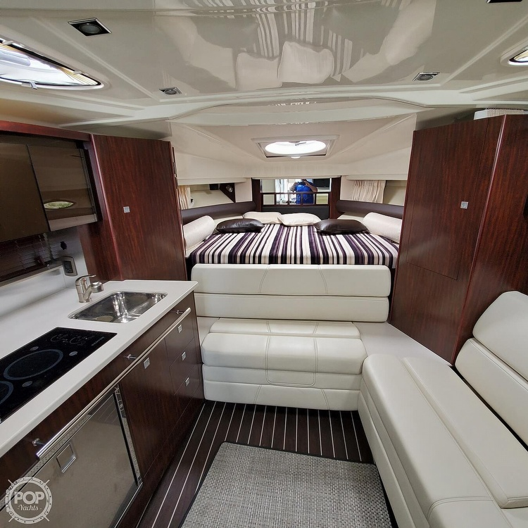 2015 Monterey boat for sale, model of the boat is 335 Sport yacht & Image # 3 of 40