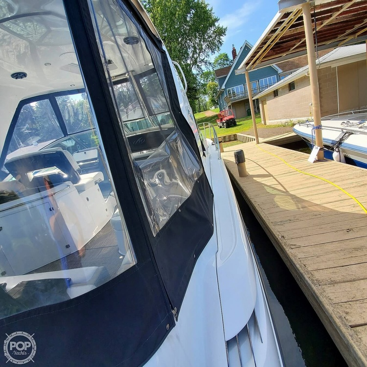 2015 Monterey boat for sale, model of the boat is 335 Sport yacht & Image # 15 of 40