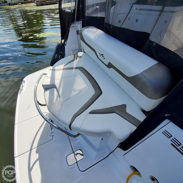 2015 Monterey boat for sale, model of the boat is 335 Sport yacht & Image # 18 of 40