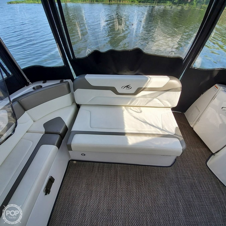 2015 Monterey boat for sale, model of the boat is 335 Sport yacht & Image # 22 of 40