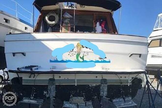 1989 Bayliner boat for sale, model of the boat is 3288 & Image # 5 of 40
