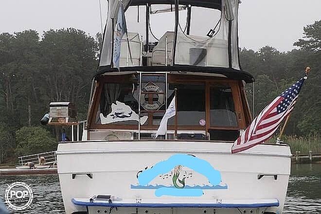 1989 Bayliner boat for sale, model of the boat is 3288 & Image # 4 of 40