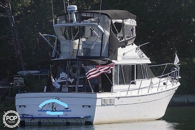 1989 Bayliner boat for sale, model of the boat is 3288 & Image # 6 of 40