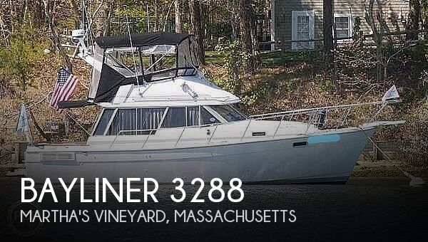 1989 Bayliner boat for sale, model of the boat is 3288 & Image # 1 of 40