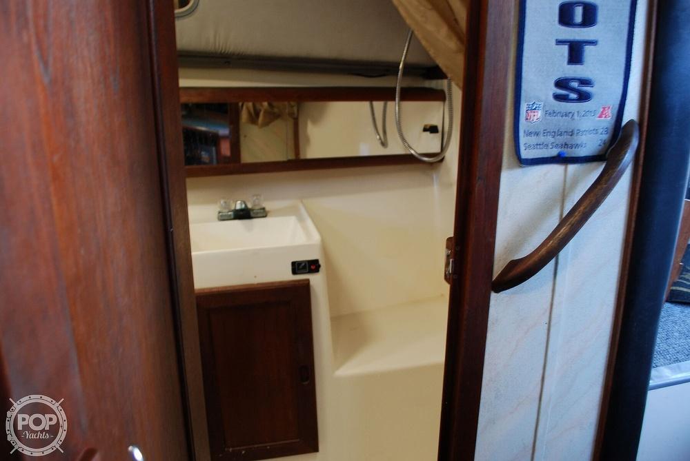 1989 Bayliner boat for sale, model of the boat is 3288 & Image # 31 of 40