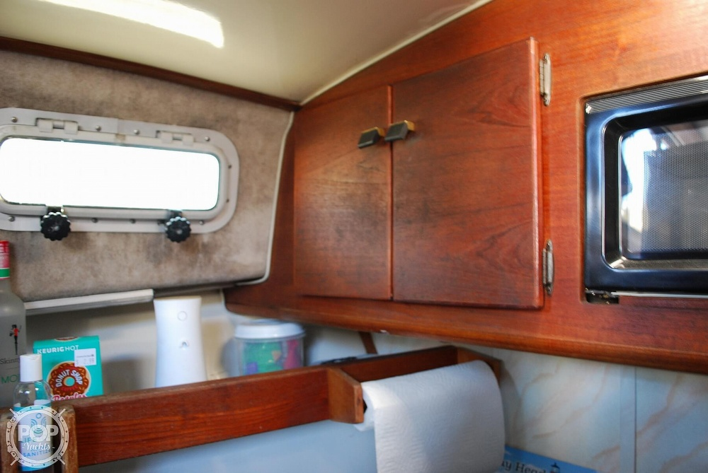 1989 Bayliner boat for sale, model of the boat is 3288 & Image # 33 of 40