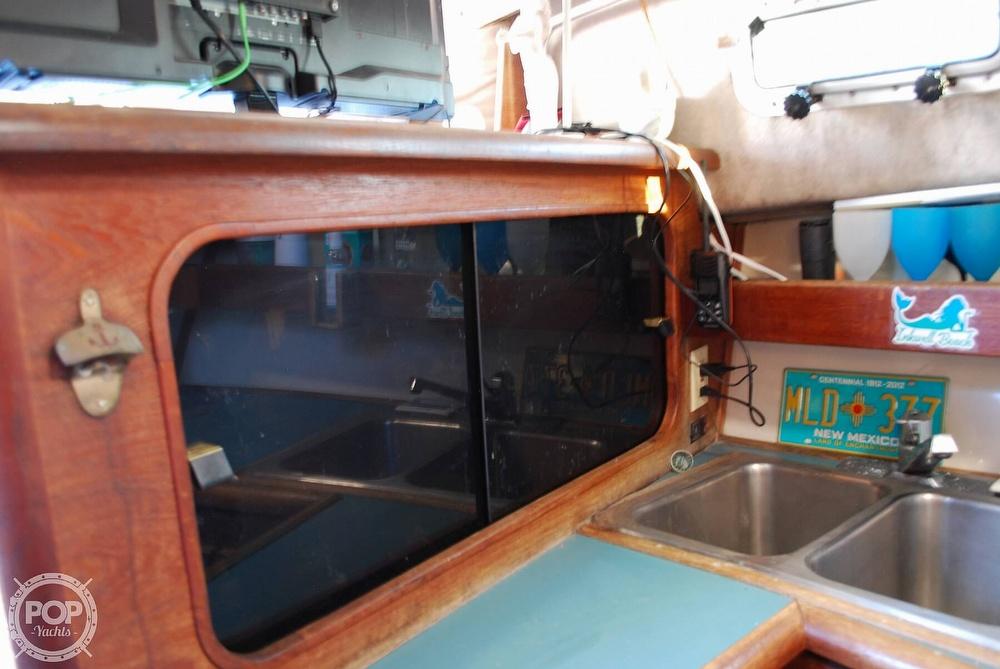 1989 Bayliner boat for sale, model of the boat is 3288 & Image # 37 of 40