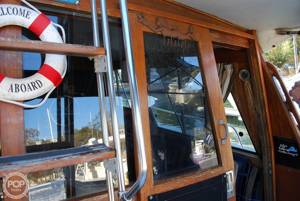 1989 Bayliner boat for sale, model of the boat is 3288 & Image # 24 of 40