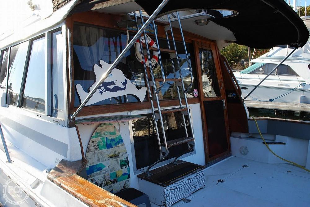 1989 Bayliner boat for sale, model of the boat is 3288 & Image # 25 of 40