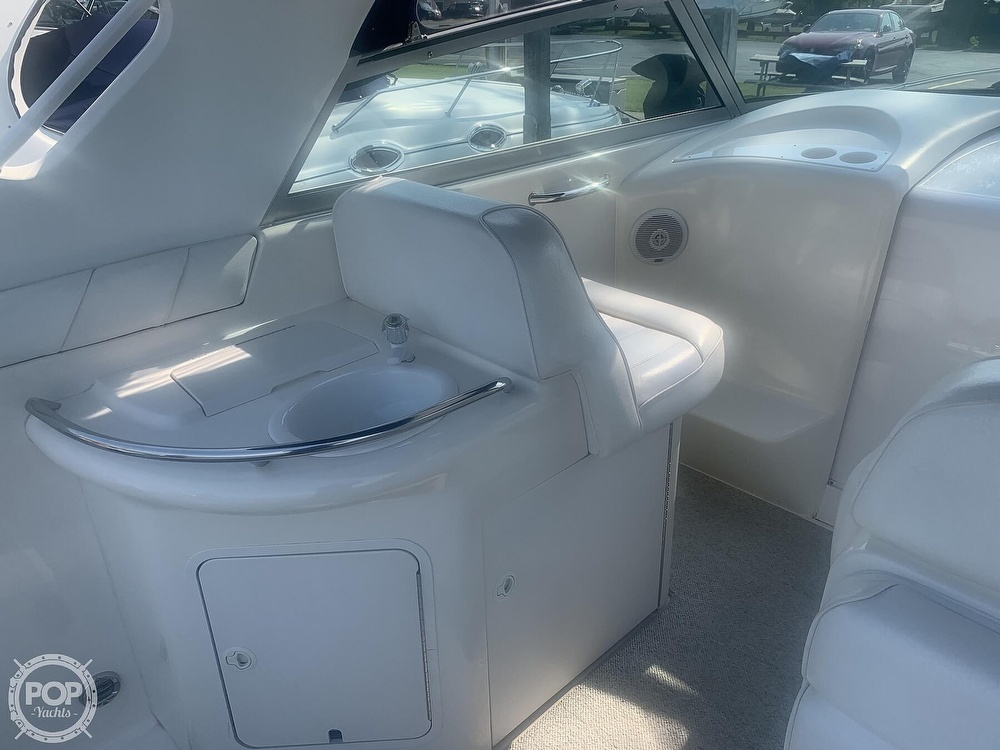 1999 Sea Ray boat for sale, model of the boat is 330 Sundancer & Image # 12 of 41