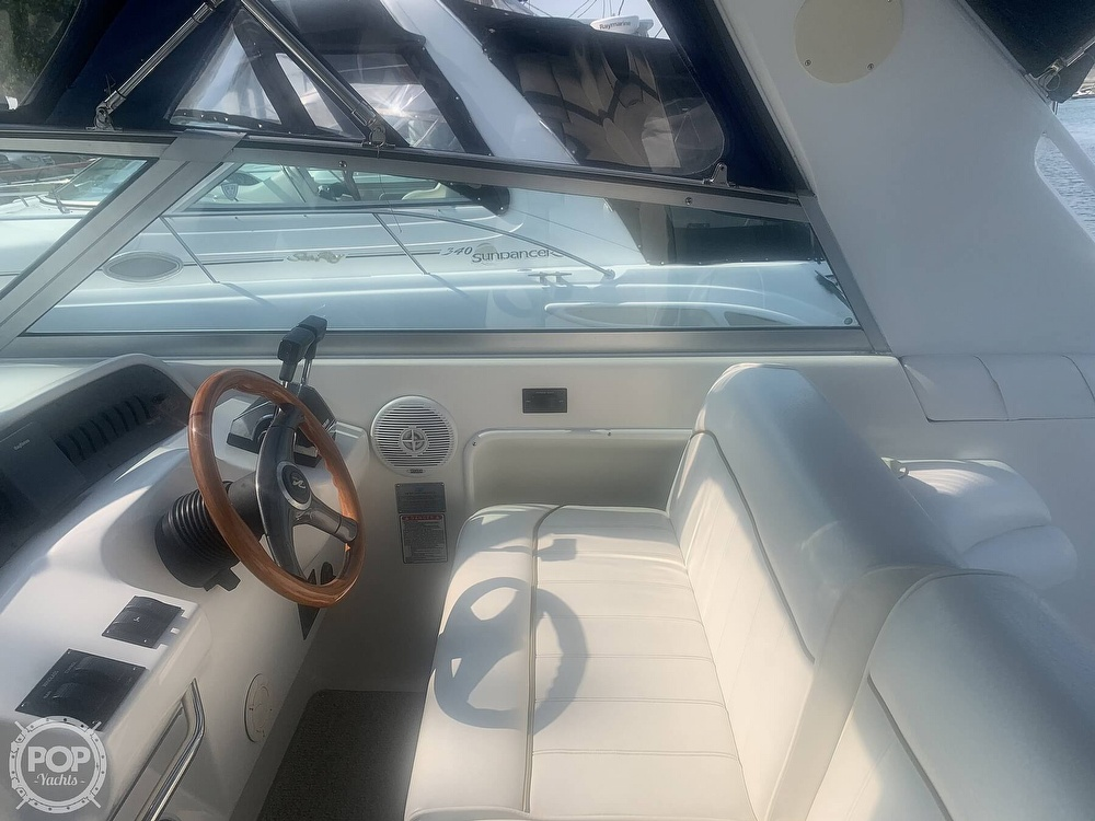 1999 Sea Ray boat for sale, model of the boat is 330 Sundancer & Image # 14 of 41