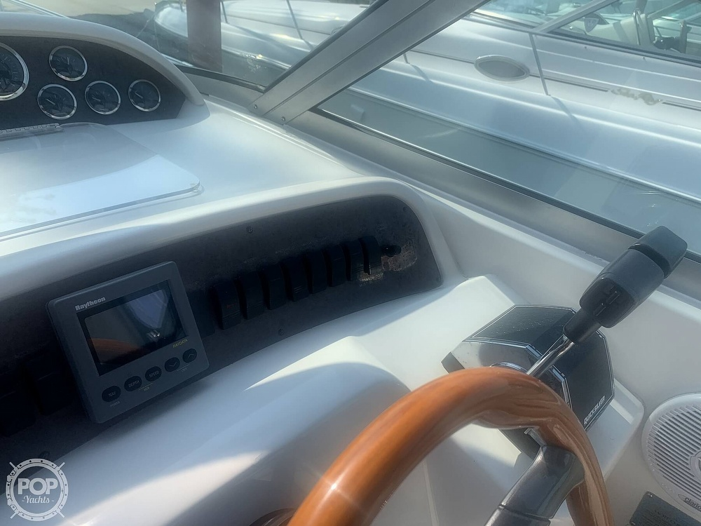 1999 Sea Ray boat for sale, model of the boat is 330 Sundancer & Image # 17 of 41