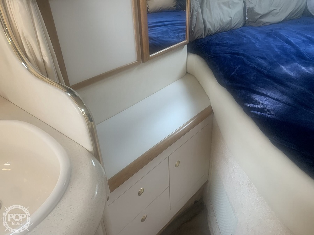 1999 Sea Ray boat for sale, model of the boat is 330 Sundancer & Image # 34 of 41