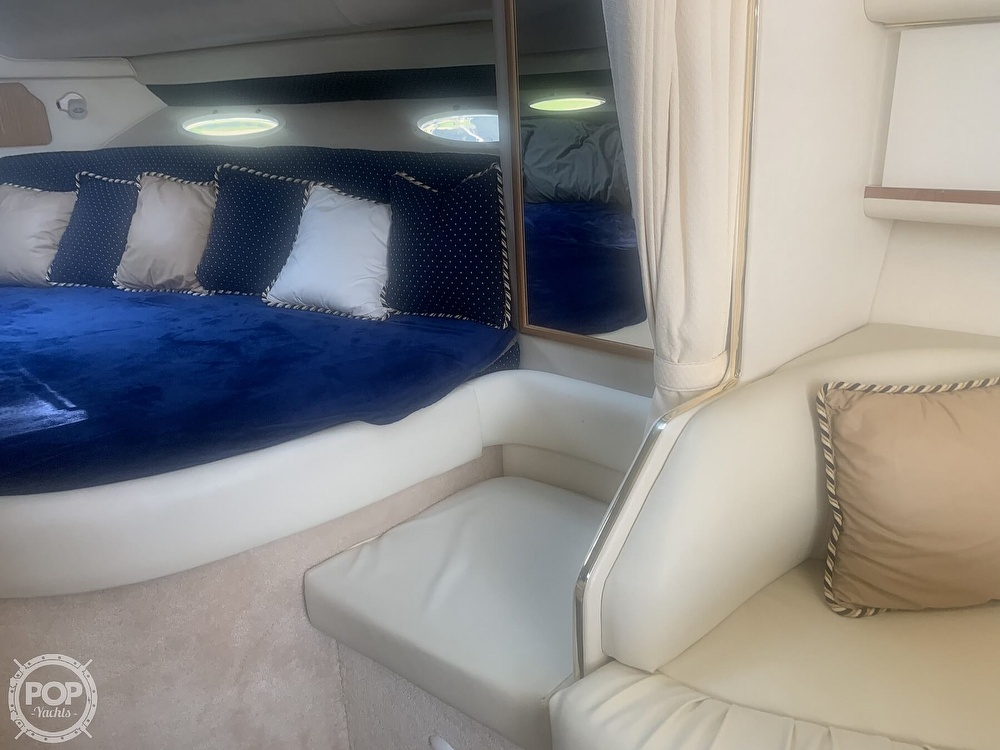 1999 Sea Ray boat for sale, model of the boat is 330 Sundancer & Image # 35 of 41