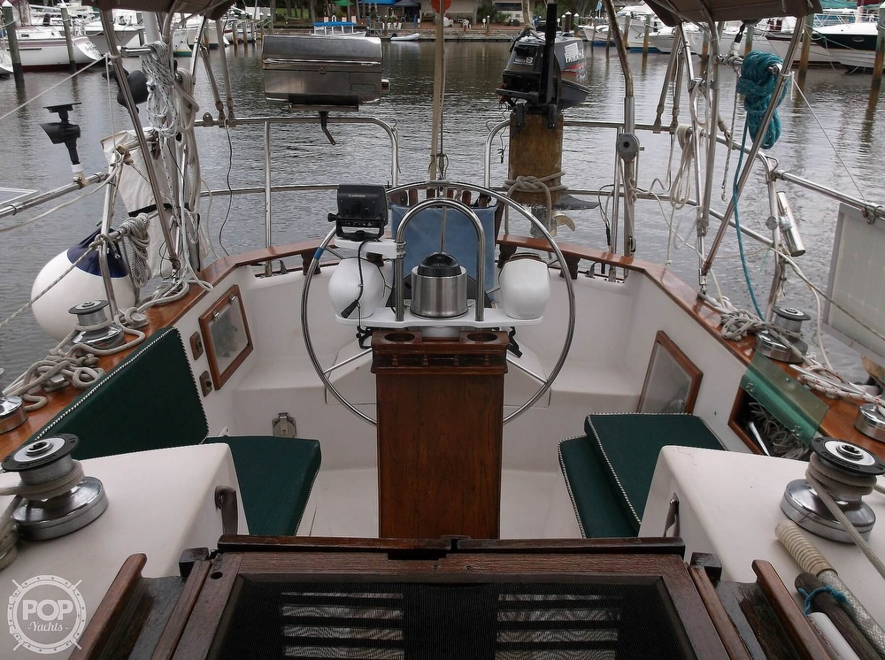 1987 Bayfield Yachts boat for sale, model of the boat is 36 Cutter & Image # 9 of 40