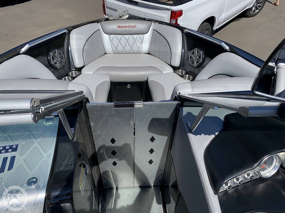 2013 Mastercraft boat for sale, model of the boat is X-30 & Image # 18 of 40