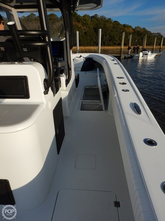 2016 Freeman boat for sale, model of the boat is 34VH & Image # 9 of 31