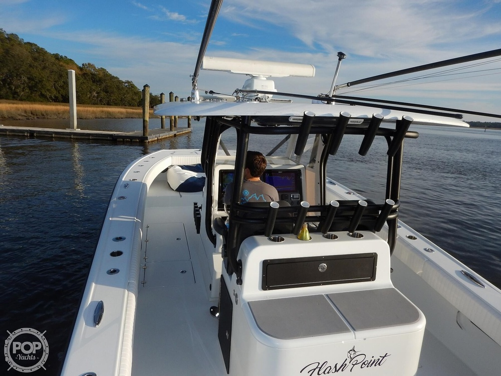 2016 Freeman boat for sale, model of the boat is 34VH & Image # 11 of 31