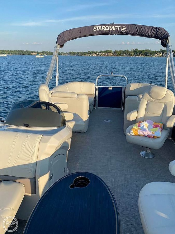 2017 Starcraft boat for sale, model of the boat is CX 23 RP & Image # 2 of 8