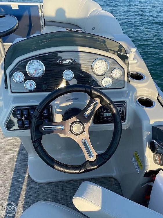 2017 Starcraft boat for sale, model of the boat is CX 23 RP & Image # 3 of 8
