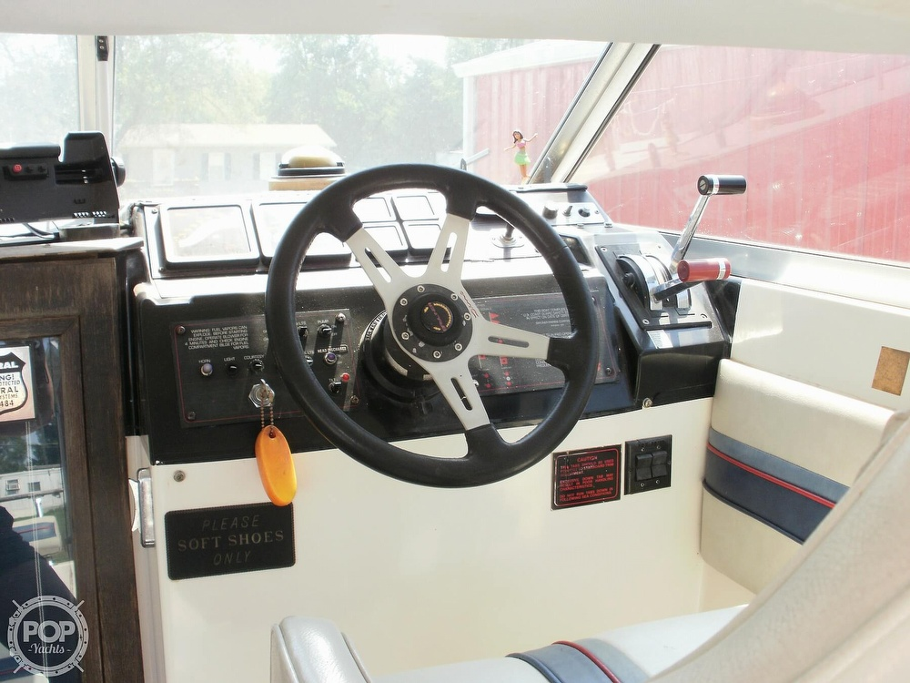 1986 Bayliner boat for sale, model of the boat is 2850 Contessa & Image # 5 of 15