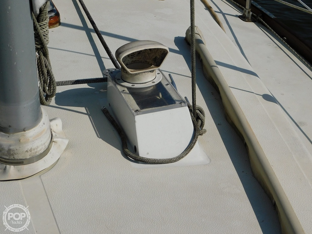 1977 Tartan boat for sale, model of the boat is 34C & Image # 26 of 40