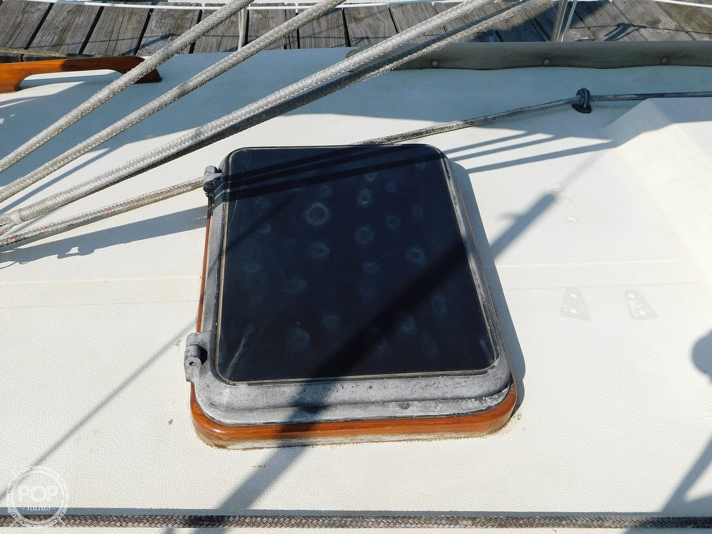 1977 Tartan boat for sale, model of the boat is 34C & Image # 34 of 40