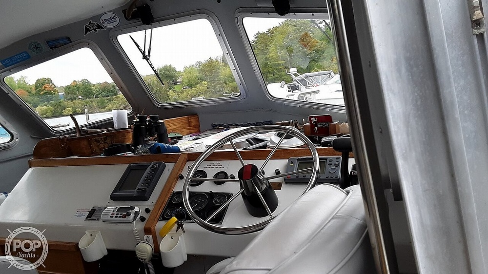 2002 Gaski boat for sale, model of the boat is 30 Pilothouse & Image # 3 of 3