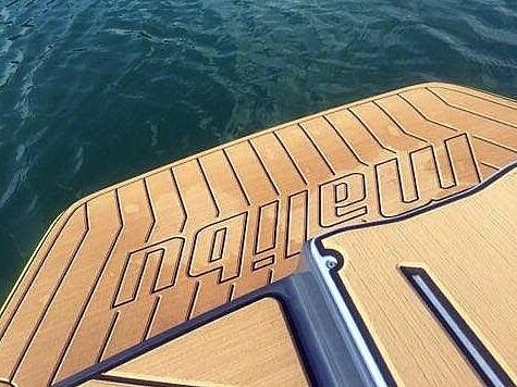 2017 Malibu 21 VLX - image 5