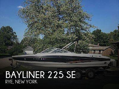 Used Bayliner 22 Boats For Sale by owner | 2007 Bayliner 225 SE